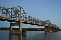Peoria bridge